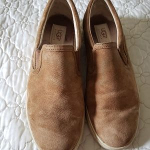 Ugg Women's Tan Suede Leather loafers flats